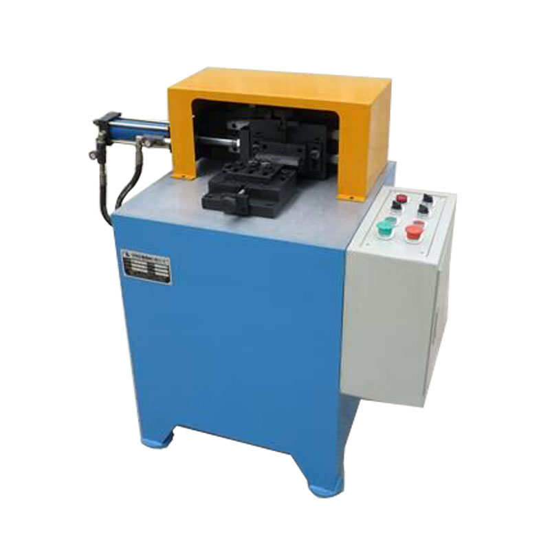 Slicing paper and rolling bearing rotary marking machine